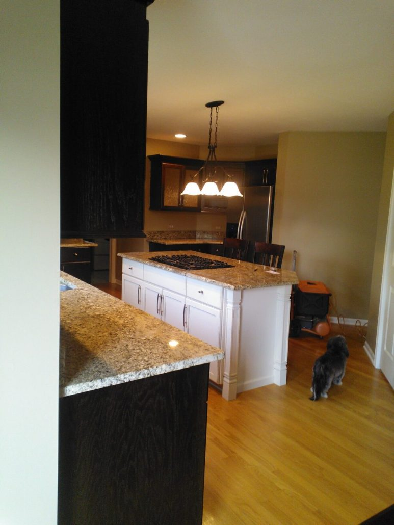 Cabinet refinishing in naperville il renew your cabinets for Renew it kitchen cabinets